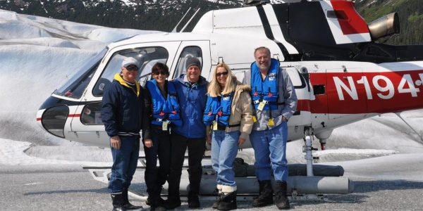 nordhavn_gang_on_helicopter_tour_of_juneau_ice_field
